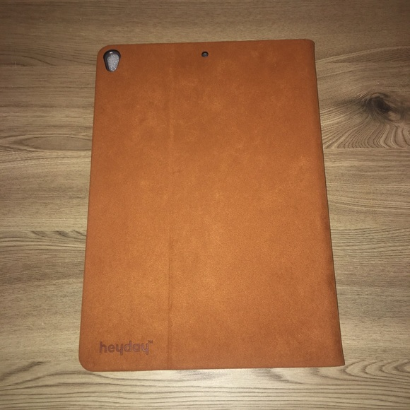 Heyday Suede iPad Case 10.5in
